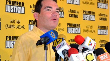 Francia anuncia nuevo diálogo venezolano