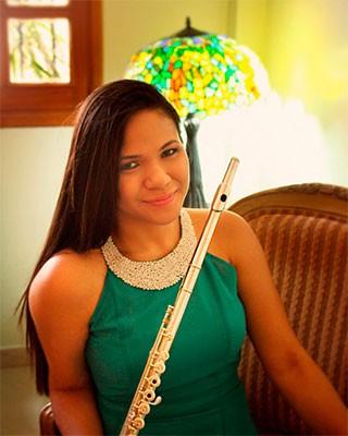 Noticias de nueva esparta ana paola rincones en solitario for Conservatorio simon bolivar blog