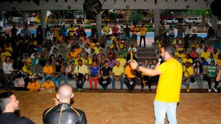 Partido del opositor Borges dice le robaron elección primaria en un estado