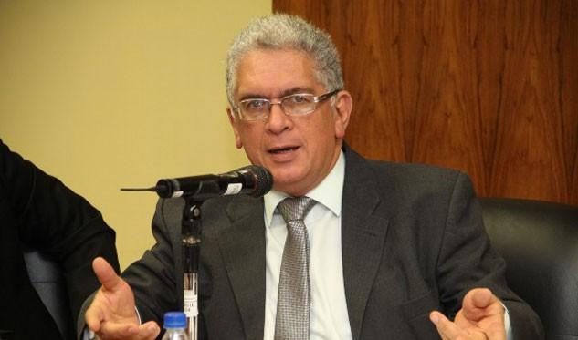 Venezuela denuncia confabulación al prohibirse su entrada a cita del Mercosur