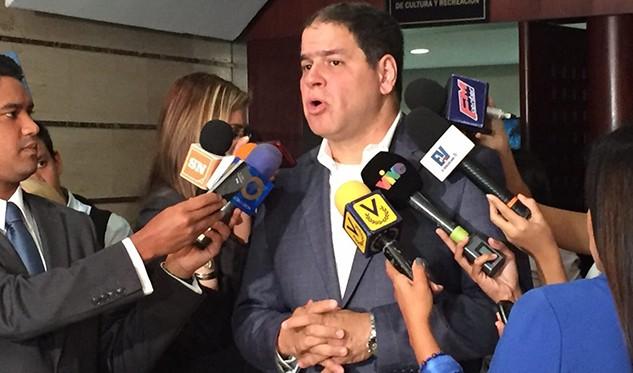 Luis Florido denunció la violación de su inmunidad parlamentaria ante el MP