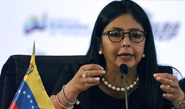 Maduro pide a Kuczynski rectificar política hacia Venezuela