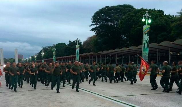 Maduro llama a defender la paz y la democracia en Venezuela