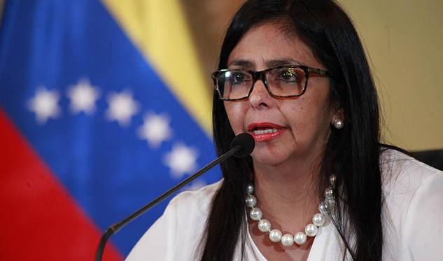 Almagro y Fernández tratan la crisis de Venezuela en el país