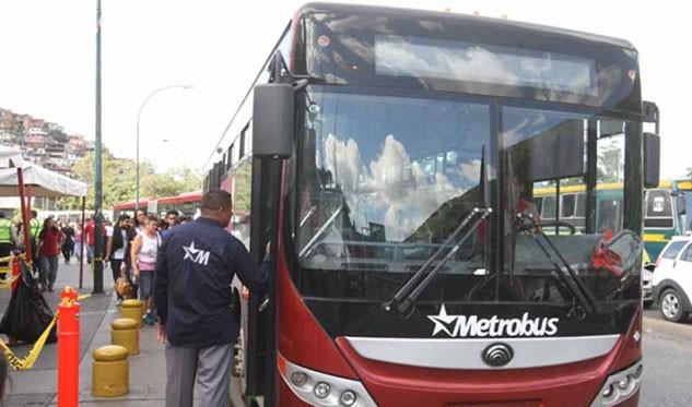 Metro de Caracas suspende servicio en todas sus estaciones