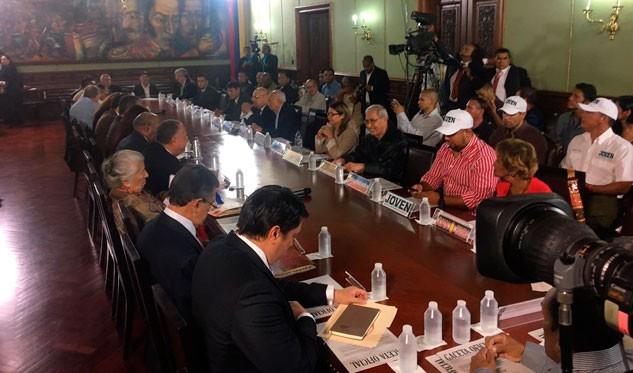 ¿Constituyente o no? Marchas se toman Caracas