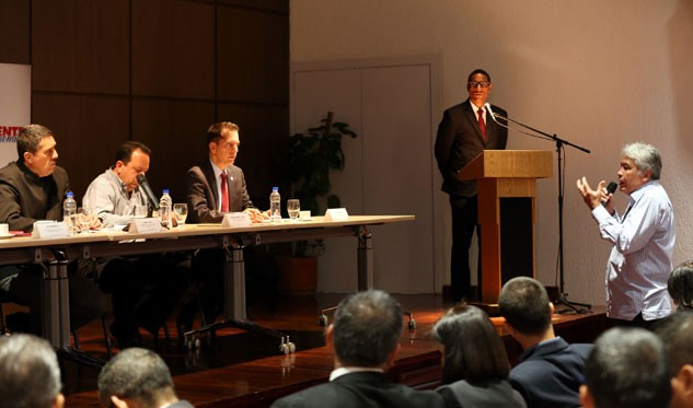 Comisión Constituyente recogerá propuestas económicas en todo el país