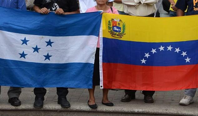 Destituyen a diplomático hondureño por dar su opinión sobre situación en Venezuela