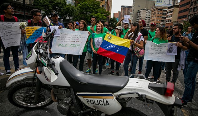 Oposición denuncia a Maduro