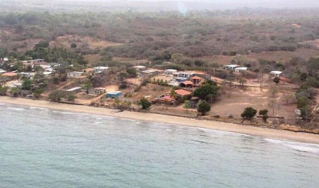 Saneadas costas afectadas por derrame petrolero proveniente de Trinidad y Tobago — VENEZUELA
