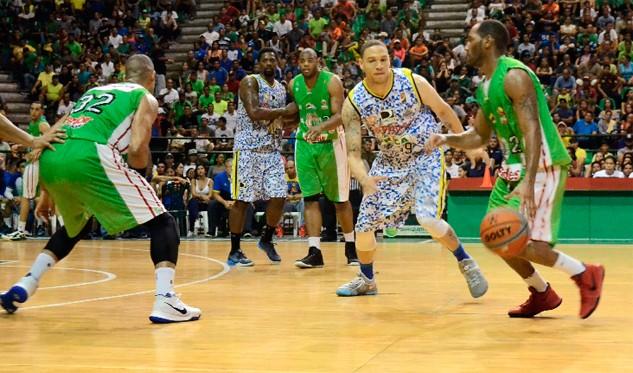 Marinos lidera la serie ante Guaiqueríes