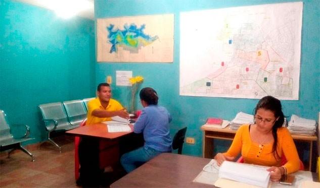 Grupo y corredor inmobiliario henry medina m s de 20 mil for Oficina de catastro