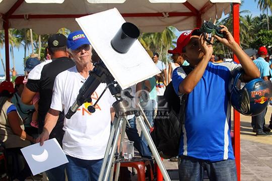 Eclipse solar se aprecia en Caracas luego de 19 años