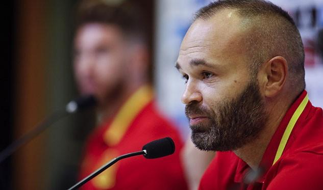 Bartomeu anuncia un principio de acuerdo para la renovación de Iniesta