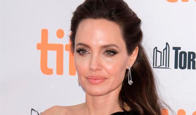Angelina Jolie quiere que sus hijos sigan sus pasos