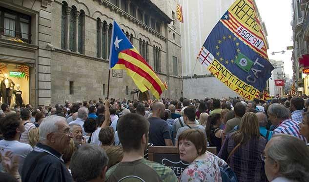 Cesión de espacios municipales para la celebración del referéndum independentista suspendido por el Tribunal Constitucional