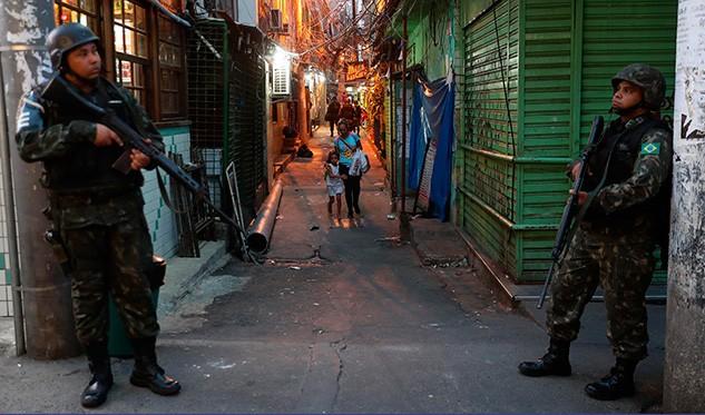 Gobierno de Río de Janeiro solicita apoyo militar por violencia