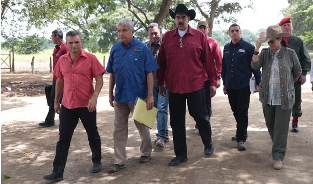 Firman decreto para la creación del consorcio Agrosur — VENEZUELA