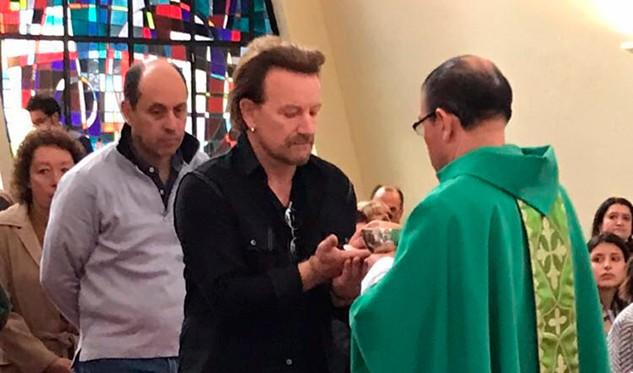 Macri recibió a Bono, líder de U2, en Casa de Gobierno