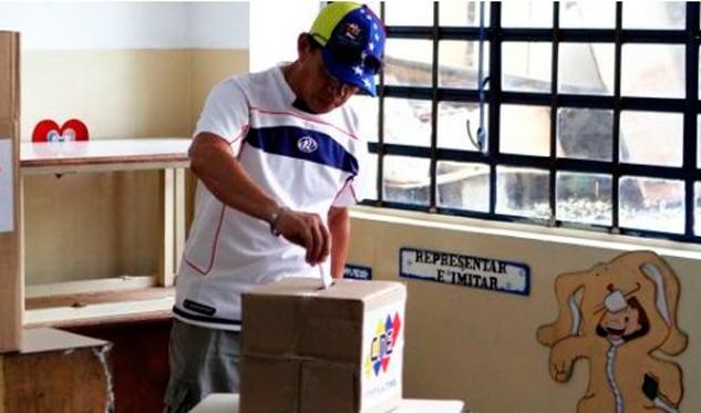 Resultado de imagen para Oposición prolonga el suspenso frente a nuevo llamado a las urnas