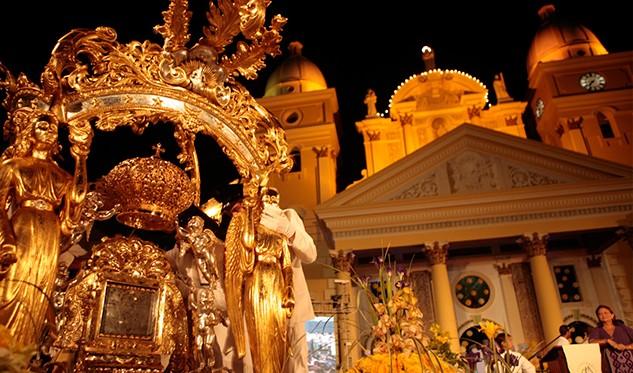 Feligreses venezolanos conmemoran el Día de la Virgen de La Chinita