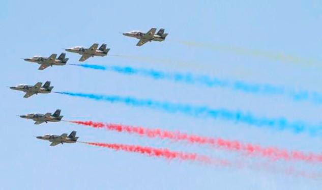 1.614 combatientes engalanaron desfile por aniversario de la Aviación Bolivariana