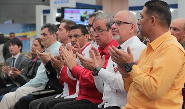 Maduro anuncia que Venezuela creará una criptomoneda, el Petro