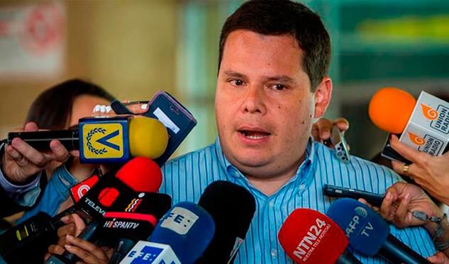 Juan Caldera: El Gobierno quiere una oposición a su medida