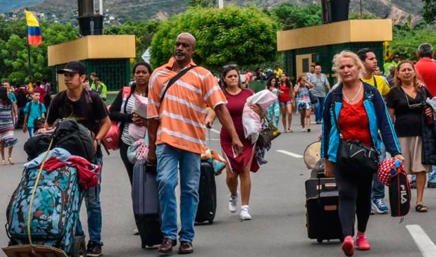 Más de 21 mil venezolanos formalizaron su condición migratoria en Perú