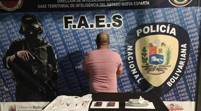 Capturan a un sujeto con droga en Boca de Río